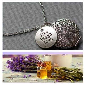 ❤️💜 Oil Diffuser Titanium Necklace